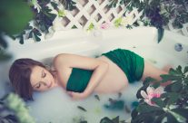 Maternity Milk Bath Session